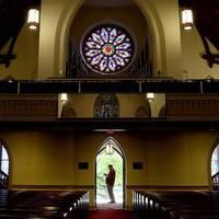 Mire való egy templom? Mire nem?