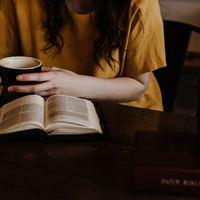 Hogyan NE olvassunk lelki könyveket?