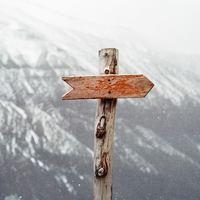 Nem az útjelző tábla a fontos, hanem hogy merre irányít bennünket