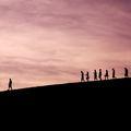Te kit követsz? – Egyházi vezetők bukásai és a keresztény ember hite