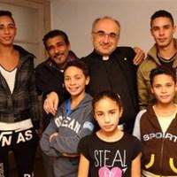 Hirtelen nagycsaládos lett a grazi katolikus püspök