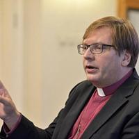 Fabiny Tamás: Az egyháznak van véleménye mindenféle kérdésről, a hajléktalanságról, az abortuszról