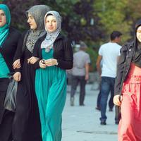 A muszlim nők ügye rólunk is szól