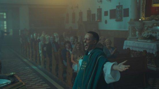 Lehet egy gyilkosból pap?