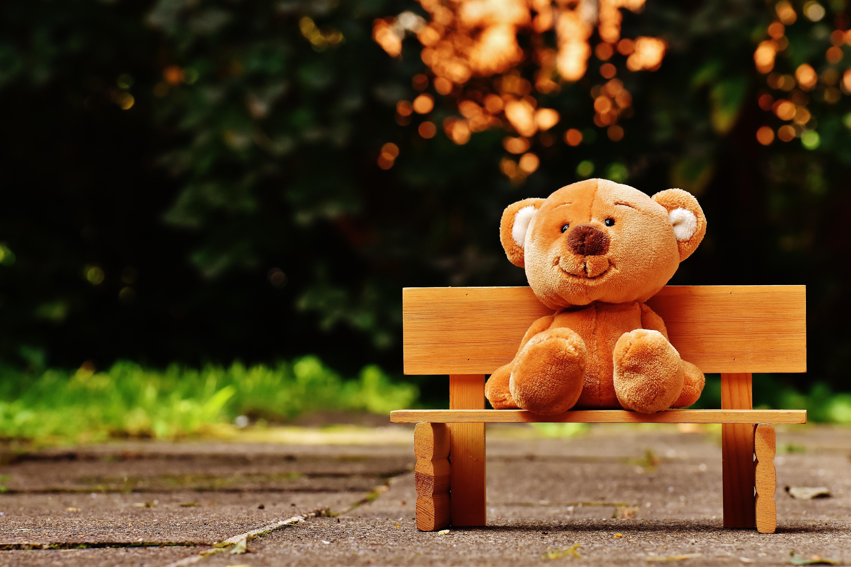 Hogyan lehet segíteni a bántalmazott gyerekeken?
