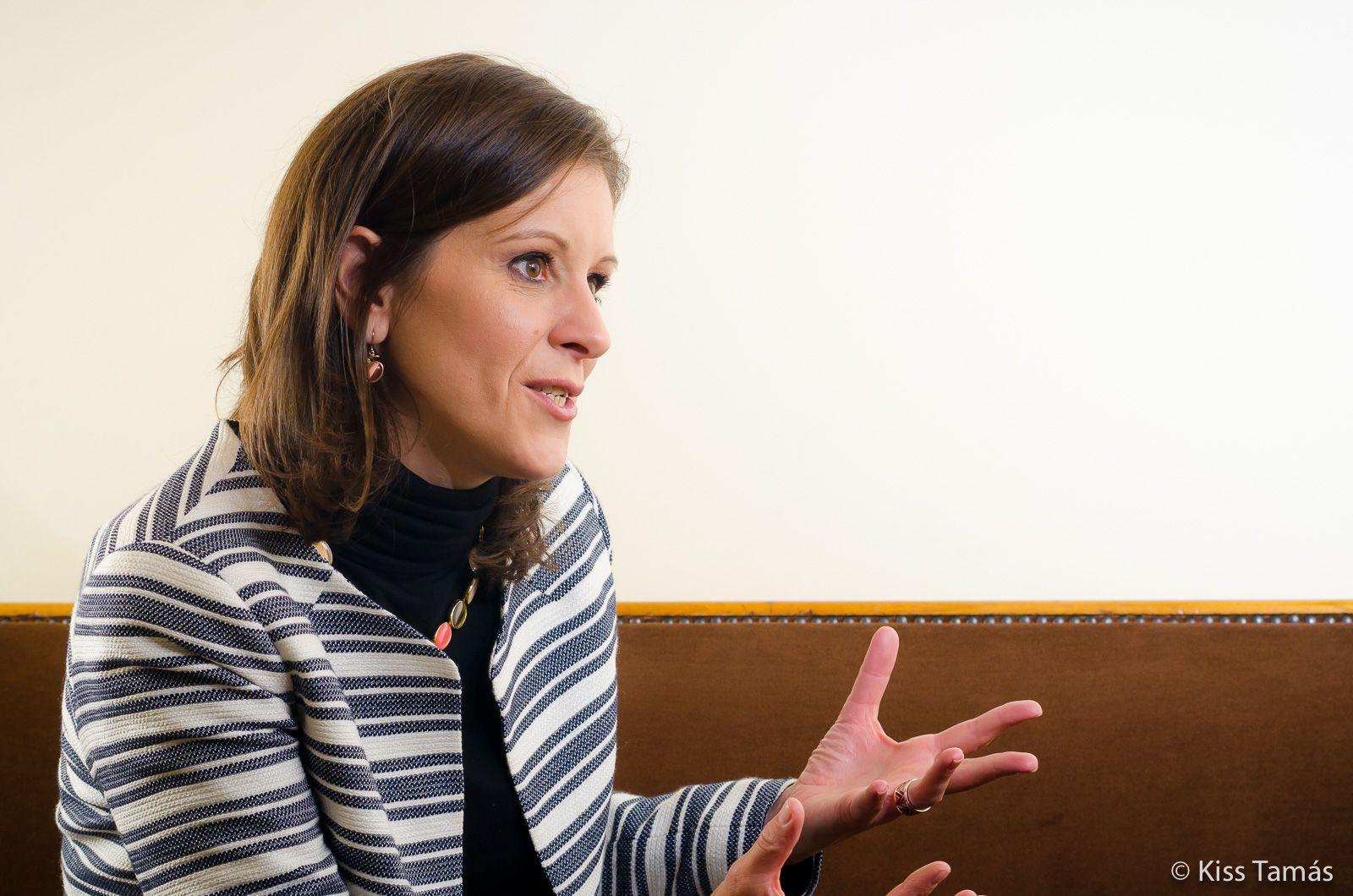 """""""Sosem kampányolnék a vallásommal"""" – interjú Szél Bernadettel"""