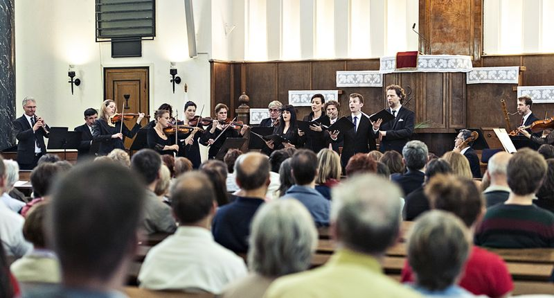 Miért jó templomban zenélni? – a Budapesti Fesztiválzenekar tagjai elárulják