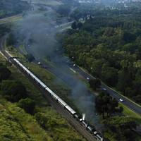 Halálos áldozatokkal járt egy dél-afrikai nosztalgiavonat kisiklása