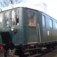 Mozdonyvezetőt keresnek Szentendrén
