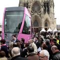 Pink, rózsaszín vagy magenta az új reimsi villamos?