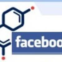 Facebook vs. iwiw, avagy ki esz' meg kit?