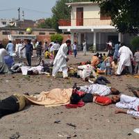 Brutális merénylet 75 kersztény áldozattal Pakisztánban