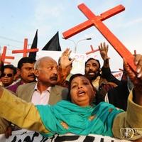 Friss jelentés. A vallásszabadság hanyatlóban – a keresztényeket üldözik leginkább