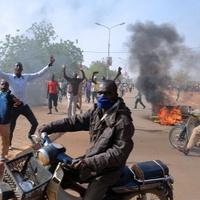 Újabb keresztény templomokat gyújtottak fel Nigerben