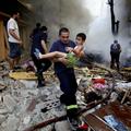 Így rombolják le a lakóházakat a szír kormányerők