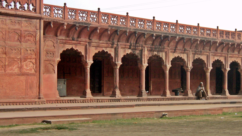 A Tádzs Mahalt körülvevő erőd egy része.
