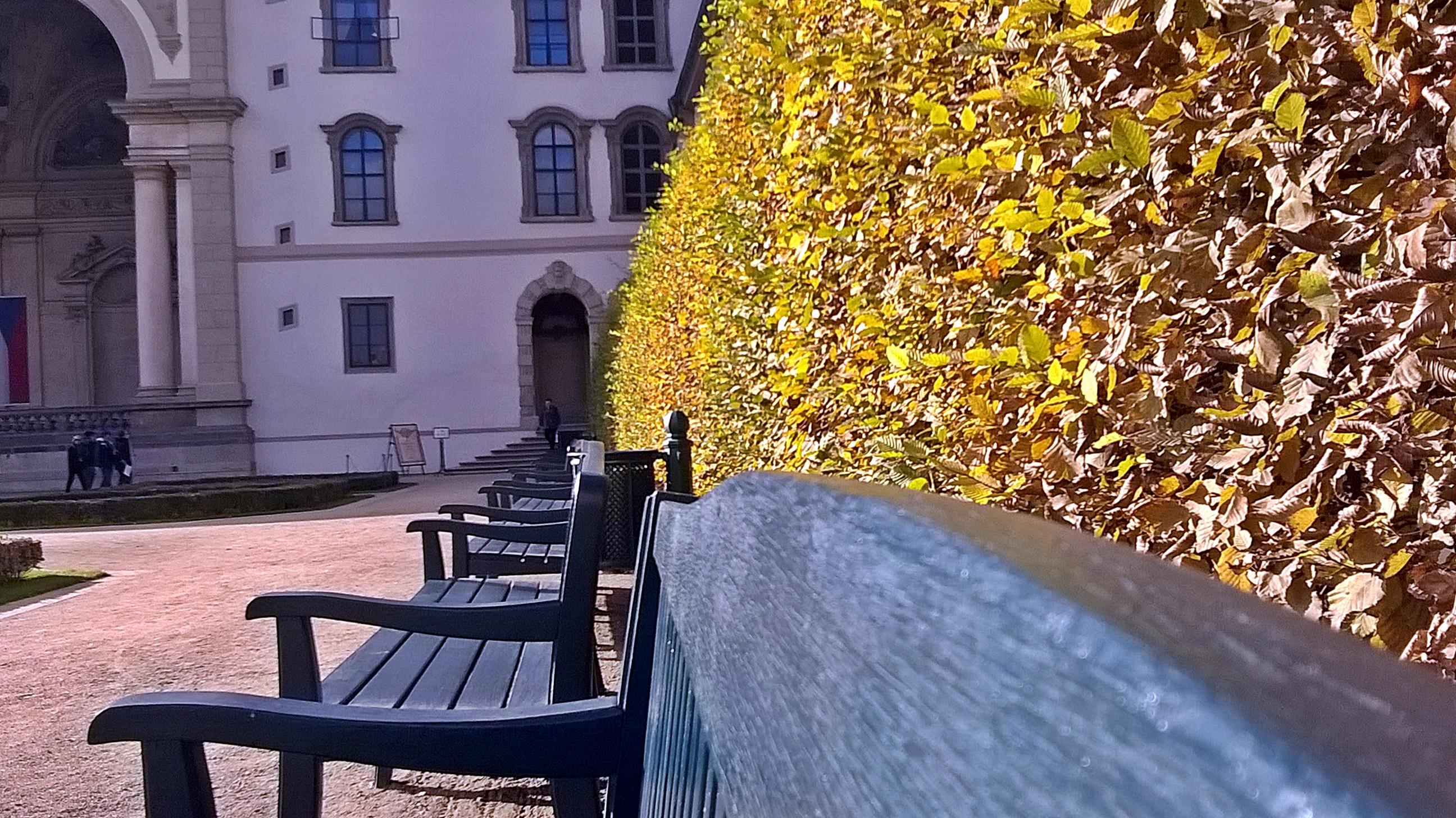 Pihenőhelynek sem utolsó. A háttárben a Sala Terrena egy része.