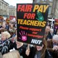 Alacsony pedagógusbérekkel a társadalmi egyenlőtlenségek növeléséért?