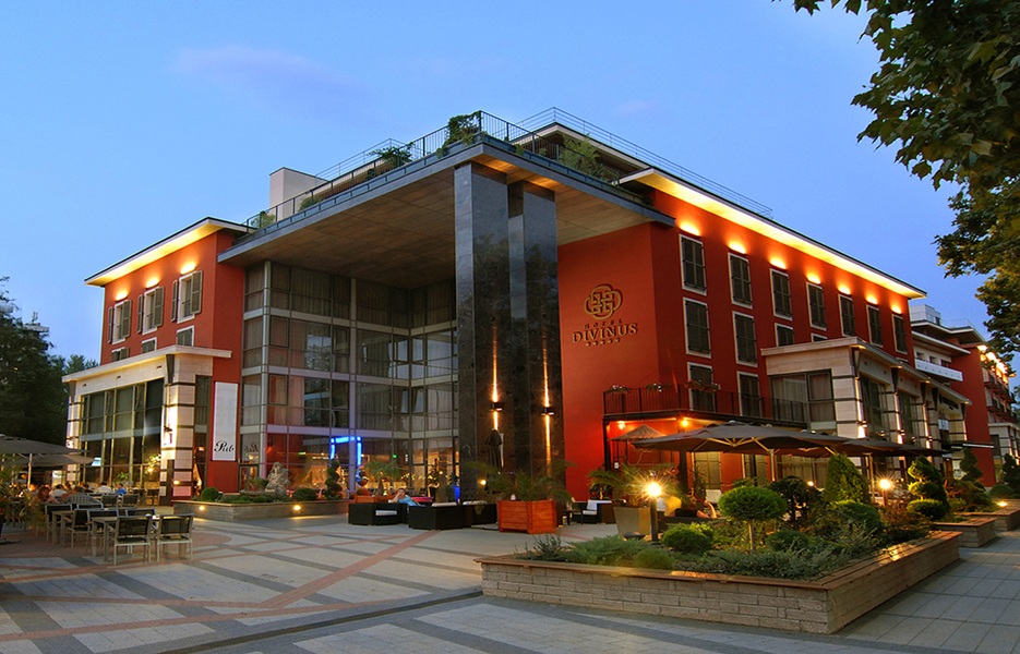 hotel_divinus.jpg