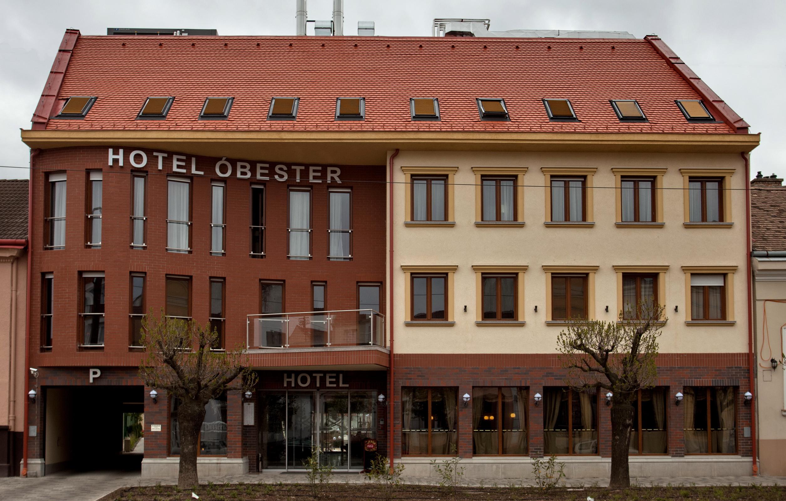 obester_hotel.jpg