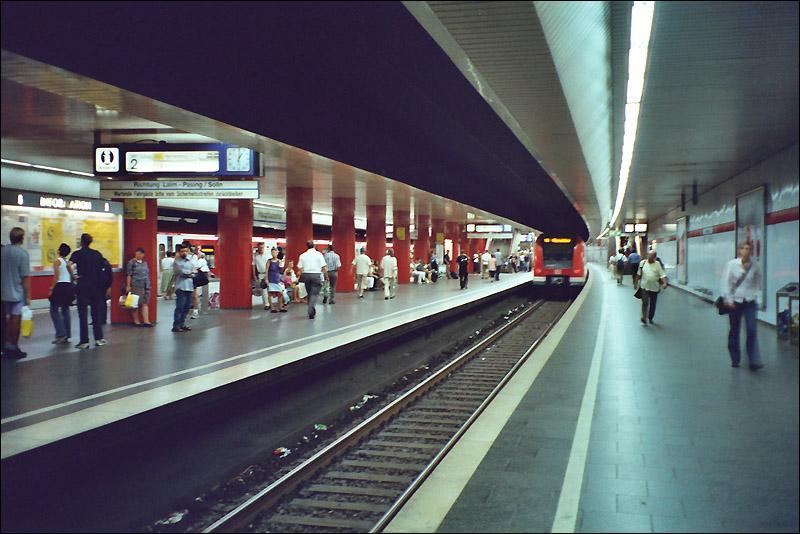 s-bahnhof-hauptbahnhof-die-bahnhoefe-hauptbahnhof-44112.jpg