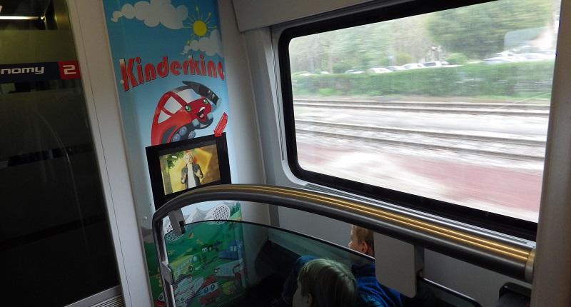 Az ÖBB Railjetjein a Kinderkino jelenthet időtöltést a gyerekeknek (Kép: railfreak.de)