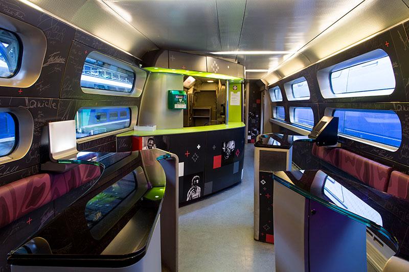A francia TGV-vonatokon csak egy kisebb bisztró jellemző (Kép: tgv-lyria.com)
