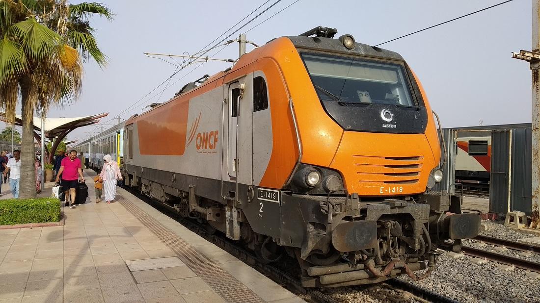 A távolsági vonatok jelentős részét 2010-ben vásárolt Alstom mozdonyok húzzák