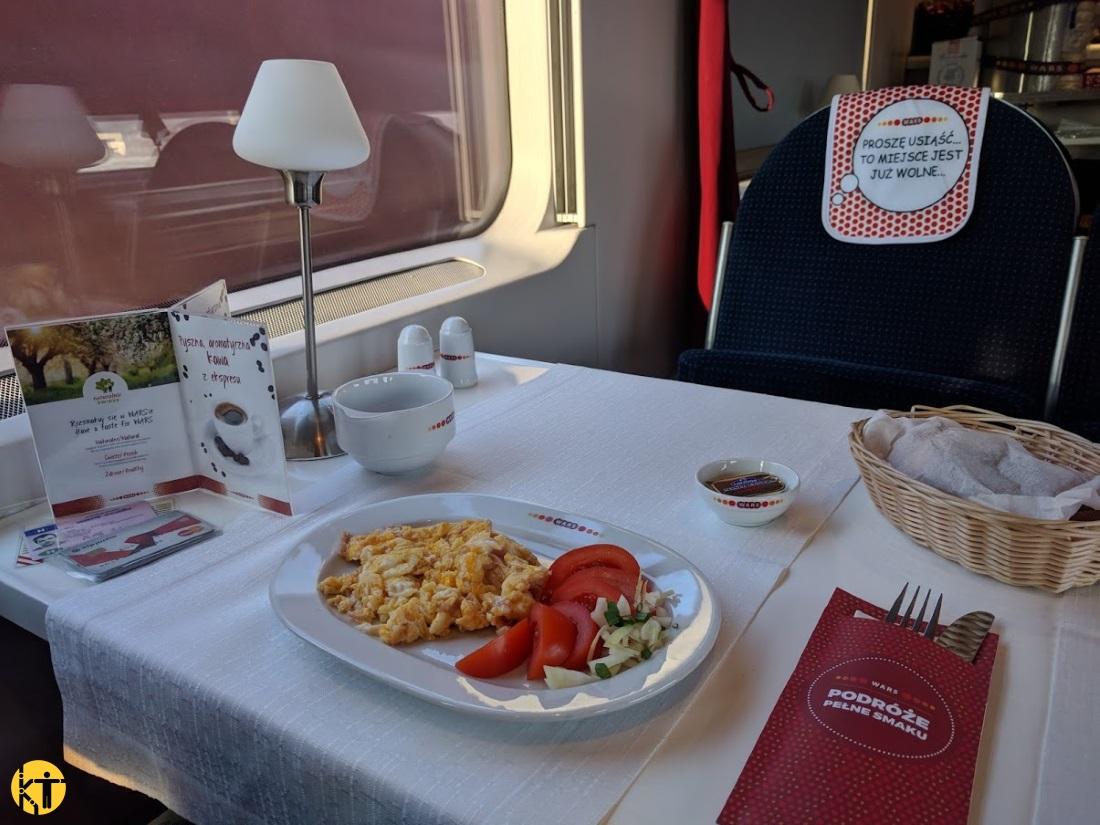 A lengyel PKP Intercity étkezőkocsijai kifejezetten színvonalasak