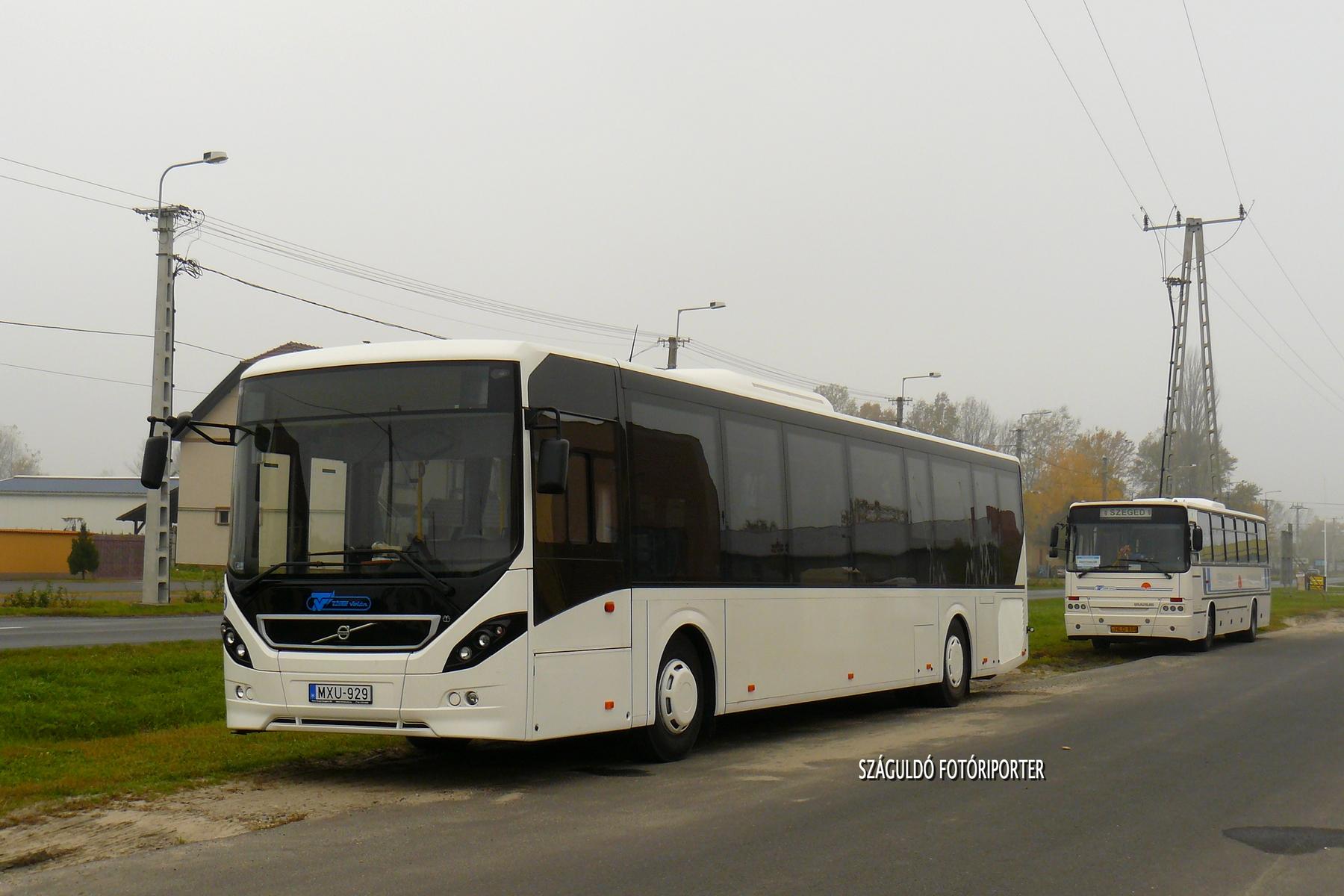 Egy újabb 13 méteres kocsi a jogelőd Tisza Volán színeiben