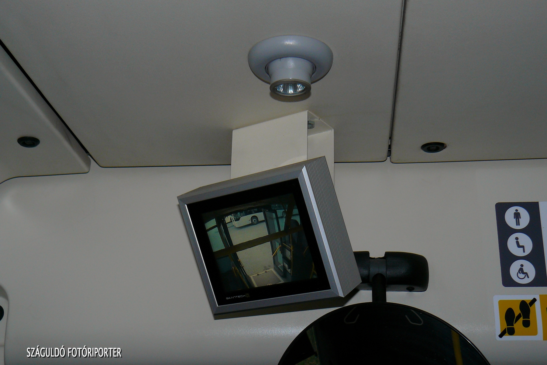 Kamerarendszerrel felszerelve