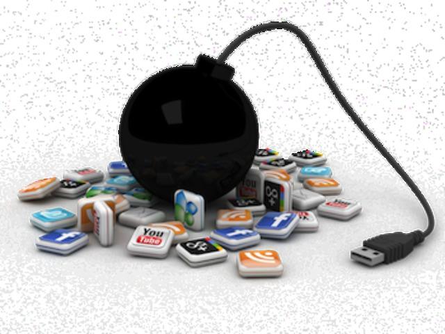 Mit tegyünk a negatív kritikákkal online és közösségi térben?