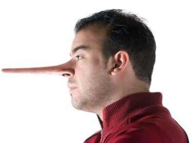 Hazudj, ha tudsz a Facebook-on!