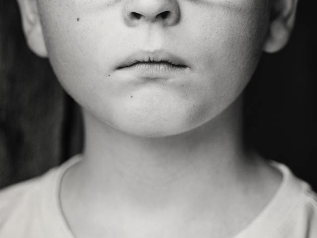 Mi az a cyberbullying és mit tehetünk, ha gyermekünk is áldozatául esik?