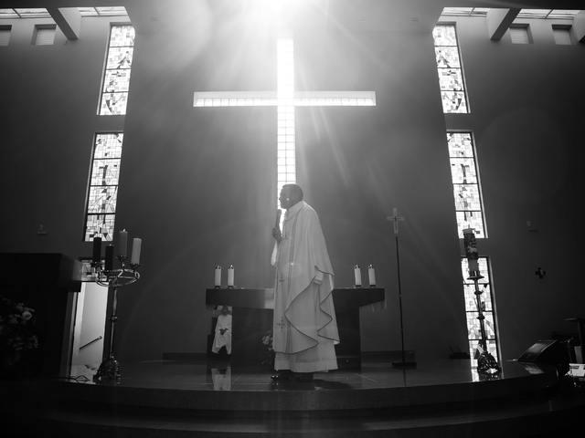 Egyházi alakok a közösségi médiában?