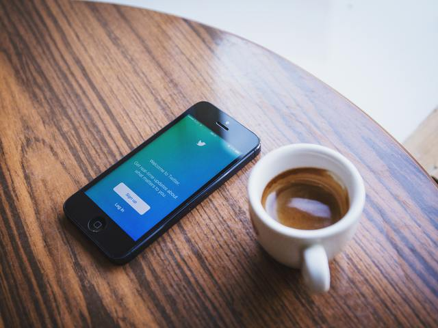 Adatok a Twitterről és a LinkedInről, amit sosem mertél megkérdezni...