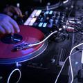 DJ-k a közösségi média fogságában