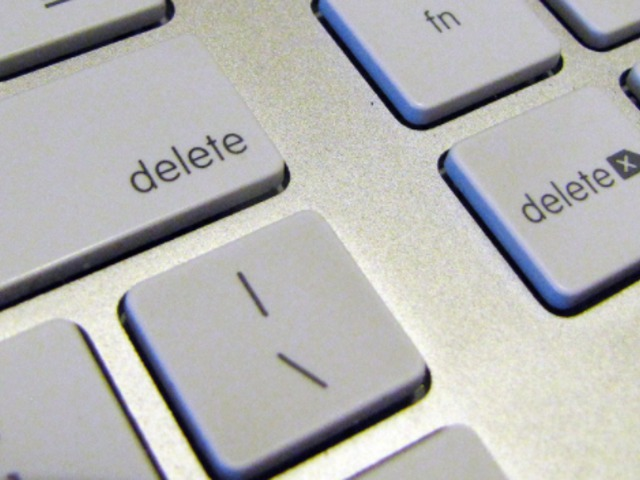 Így töröld közösségi média felületeidet, hogy valóban törlődjenek...