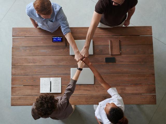 Lehetőségek a közösségi médiában: a hírnév védelme és ennek mérése