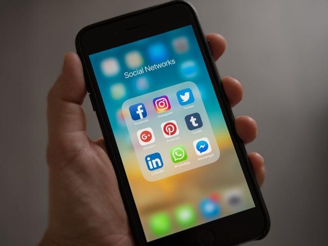 Hogyan növeljük Facebook posztjaink sikerességét?