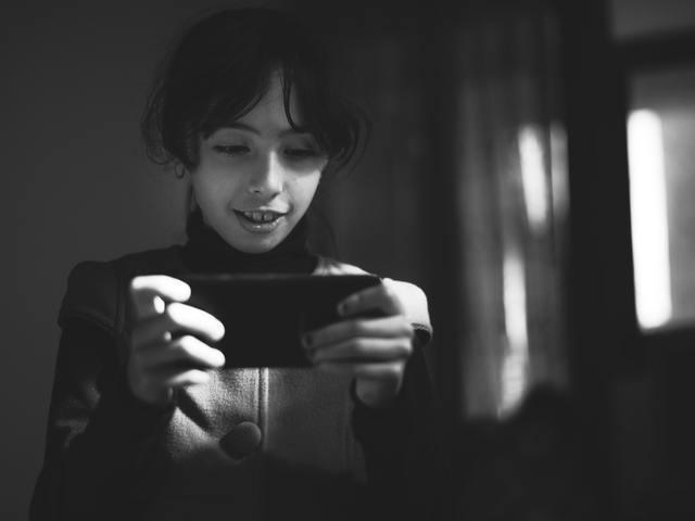 Így védd ki a gyerekekre és tinédzserekre leselkedő veszélyeket a közösségi médiában