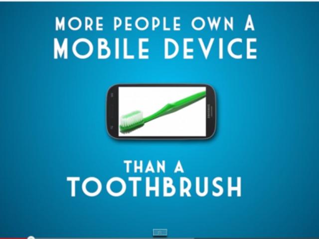 Több embernek van mobiltelefonja, mint fogkeféje...
