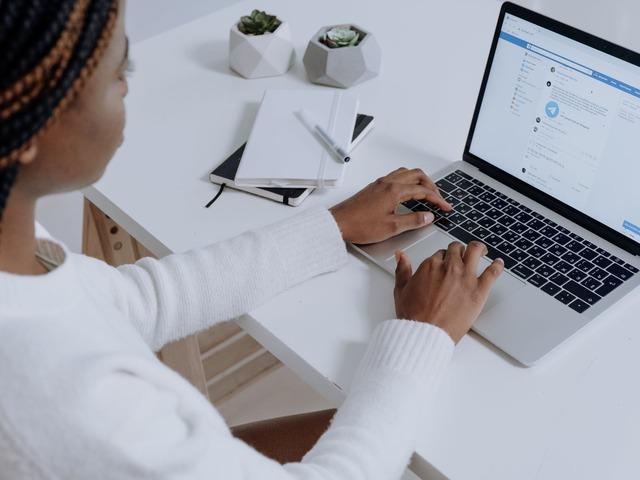 5 Facebook posztötlet példákkal, amik segítenek, hogy céged eredményesebb legyen!