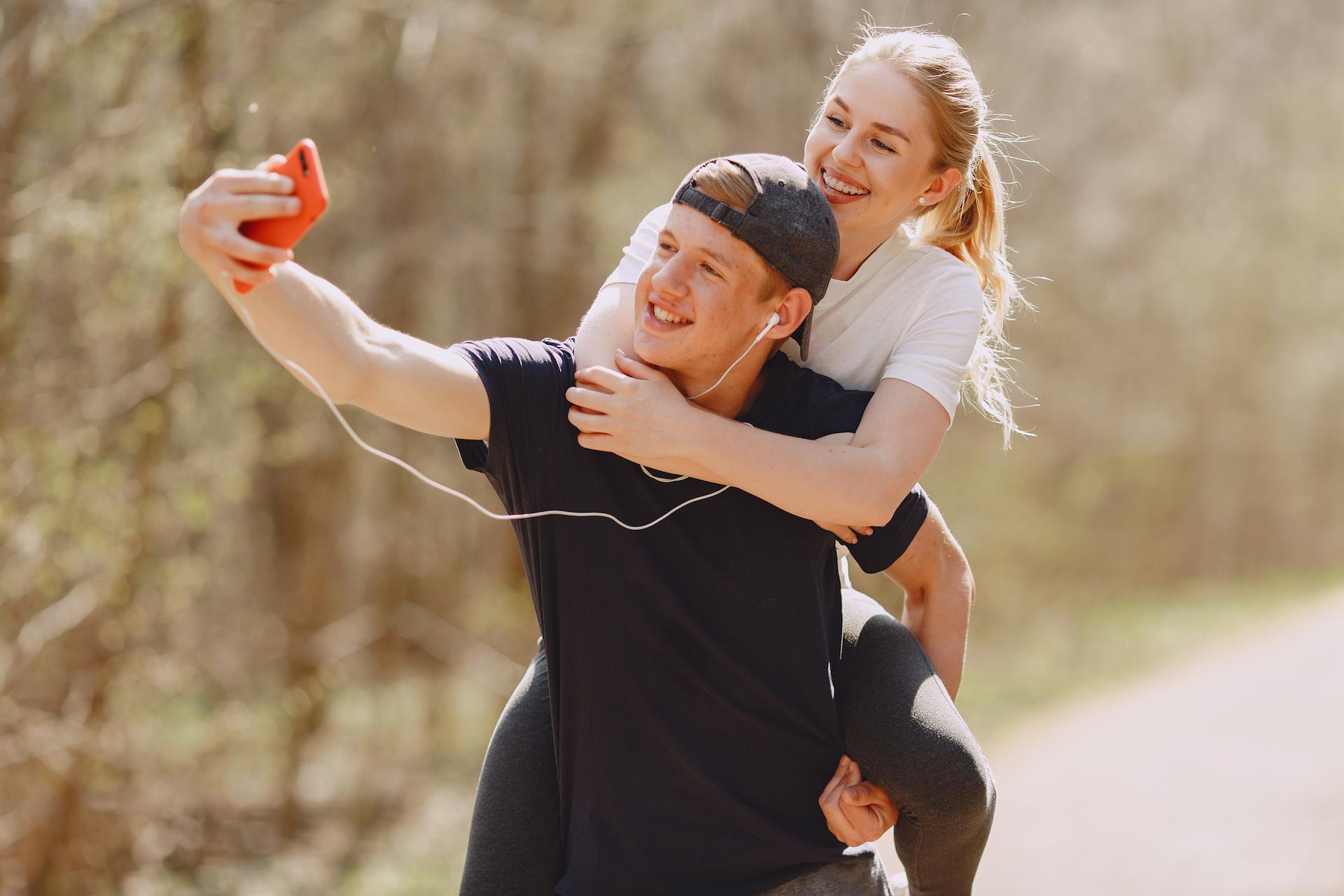 photo-of-couple-taking-selfie-4148953.jpg