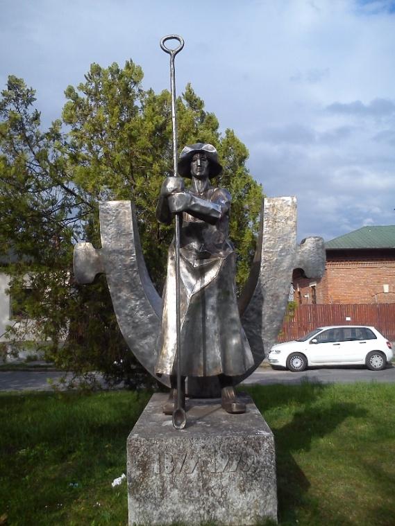 szobor1-kohasz.jpg