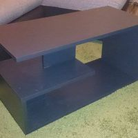 Dohányzóasztal minimál design stílusban