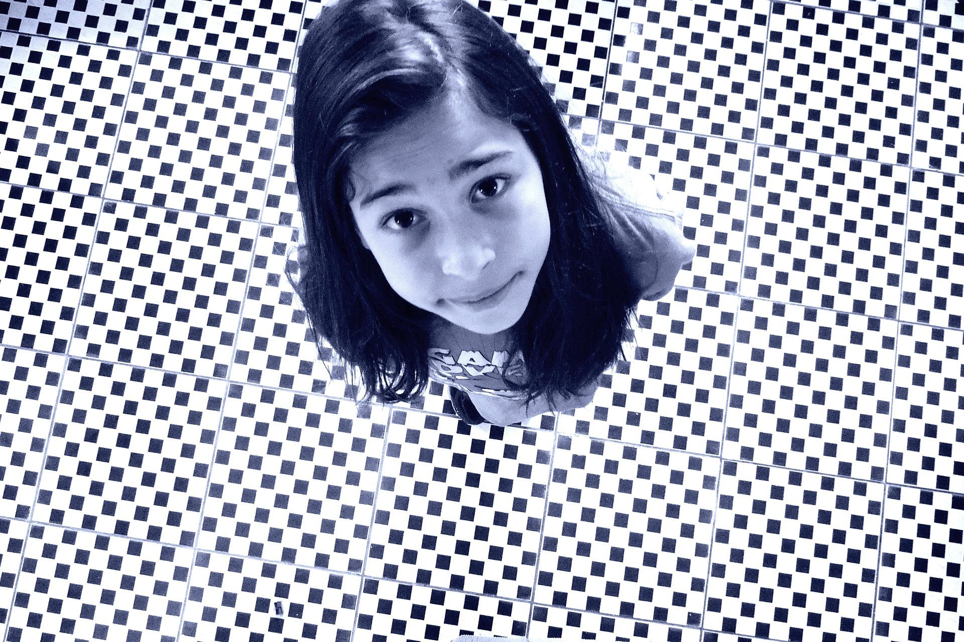 girl-637619_1920.jpg