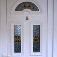 Tiffany mintával készült ajtók