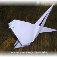 Origami papagáj
