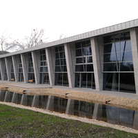 Igy építkezünk mi, azaz elkészült (?) a Miskolc Városi Versenyuszoda
